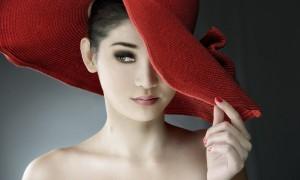 Kıyafeti Tamamlayan, Aksesuar Şapkalar