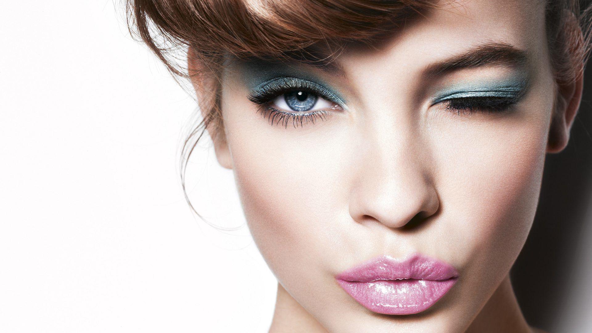 Yüz Şekillerine Göre Saç Kesim Teknikleri