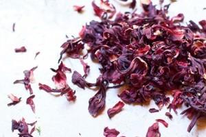hibiscus-tea-2-710x473