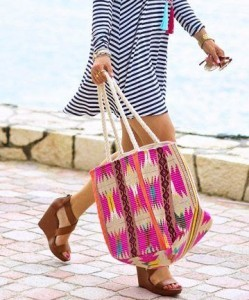 01-totalbeauty-logo-10-stylish-beach-bags-we_27re-loving-this-summer