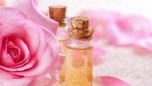 150116030636essence-of-roses-perfume-bottles-wide-hd-wallpaper