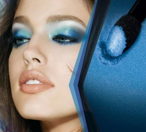 eye-studio-color-plush-silk-eyeshadow_sapphire-siren_model-shot_203031