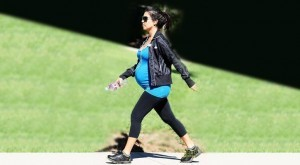 walking_pregnant_exercise