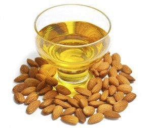 7b6c5_SWEET-ALMOND-OIL-FEATURED-IMAGE