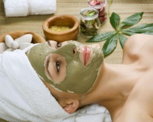 8392531_l-spa-facial-mud-mask-dayspa