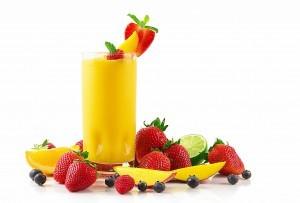 Meyve-Suyu-ve-Çilekler