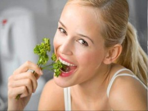 tried-and-tested-foods-to-help-combat-bad-breath