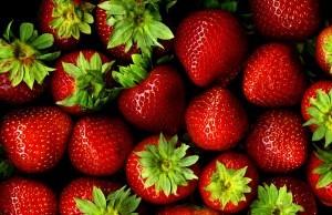 vegan-facial_strawberries
