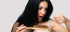 1553_what-causes-hair-loss-in-women