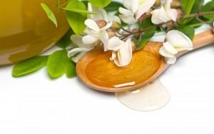 honey_spoon_leaves_flowers_73896_2880x1800