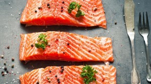 6-ways-naturally-boost-fertility-salmon-2160x1200