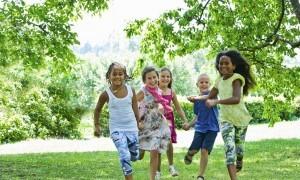 Büyüme Aşamasında Çocuklar Nasıl Beslenmeli?