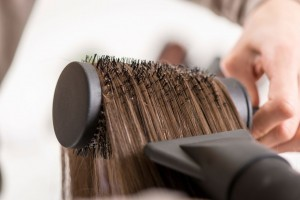 09-13-things-your-hairstylist-wont-tell-you-drying-hair