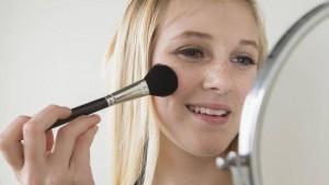 teens-makeup-what-s-okay-for-school-1
