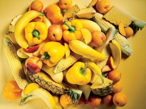 Sarı gıdalar beyin fonksiyonlarını destekler, sağlıklı cilt ve gözler ile bağlantılıdır.