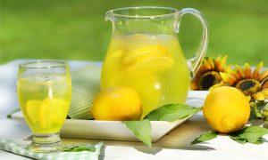 Sabah Kalkar Kalmaz Limon Suyu İçin!
